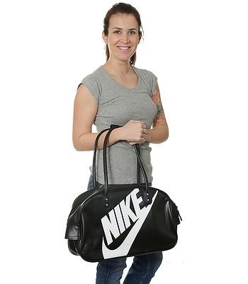 ae069c513d32 taška Nike Heritage SI Shoulder Club - 010/Black/Black//White   blackcomb.sk