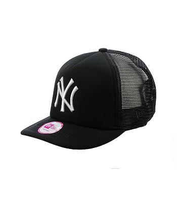 kšiltovka New Era Clean Trucker MLB New York Yankees - Black White ... 08d7c8514b3