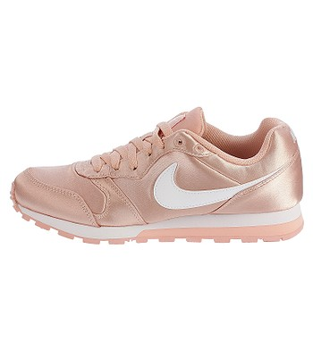 8c2d5644aec shoes Nike MD Runner 2 - Coral Stardust White - blackcomb-shop.eu
