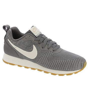 superior quality 7e767 03a97 shoes Nike MD Runner 2 Eng Mesh - Gunsmoke Guava Ice Atmosphere Gray - women´s  - snowboard-online.eu
