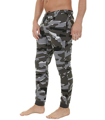 ccb8836e151577 Jogginghose Nike Sportswear Club Camo Jogger French Terry - 065 Cool  Gray Anthracite . Auf Lager -30%