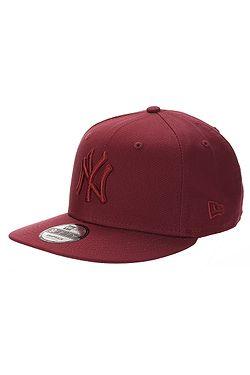 f6a767a82ed12 czapka z daszkiem New Era 9FI Jersey Essential MLB New York Yankees -  Cardinal/Cardinal