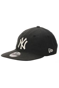871a8104d šiltovka New Era 9T Lightweight Nylon Pack MLB New York Yankees -  Black/White