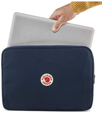 b6869fa0b7 obal Fjällräven Kanken Laptop Case 15 - 550 Black - snowboard-online.sk