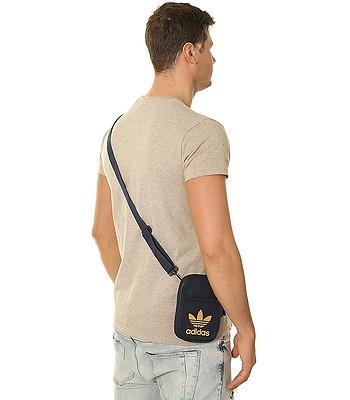 451fa93331e23 torba adidas Originals Festival Bag Trefoil - Collegialite Navy/Raw San -  snowboard-online.pl