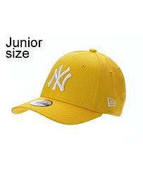 bb235579aa5 dětská kšiltovka New Era 9FO League Essential MLB New York Yankees Child -  Yellow White