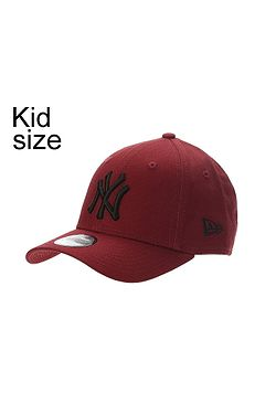 f1a893aff73 detská šiltovka New Era 9FO League Essential MLB New York Yankees Child -  Hot Red