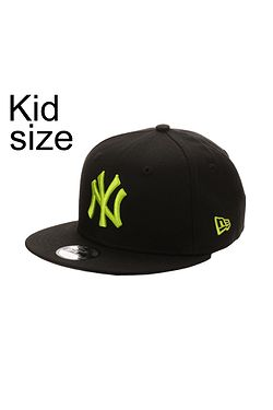 85d38a855cc detská šiltovka New Era 9FI League Essential MLB New York Yankees Child -  Black Cyber