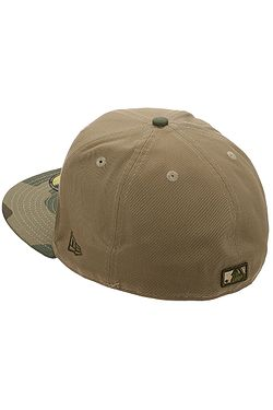 0a0fe1d2f0b ... kšiltovka New Era 59F Camo Essential MLB New York Yankees - Woodland  Camo Khaki