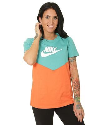 0bd1aaa48 T-Shirt Nike Sportswear Heritage - 309/Cabana/Turf Orange/White - women´s -  snowboard-online.eu
