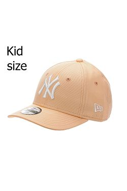 b66b5de86 detská šiltovka New Era 9FO League Essential MLB New York Yankees Child -  Peach/White ...