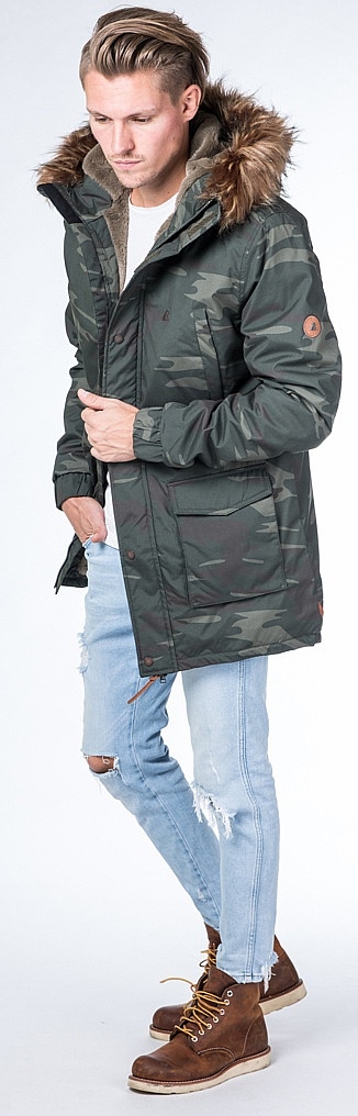 Shop Ron Snowboard And Men´s Kickin Alife Camo Jacket tvOw0qq